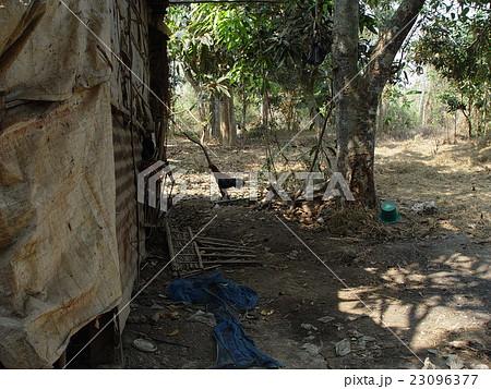 カンボジア民家の写真素材 - PIX...