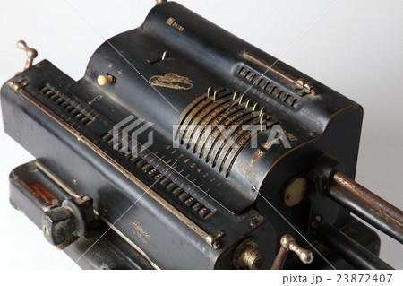 機械式計算機レトロの写真素材 -...